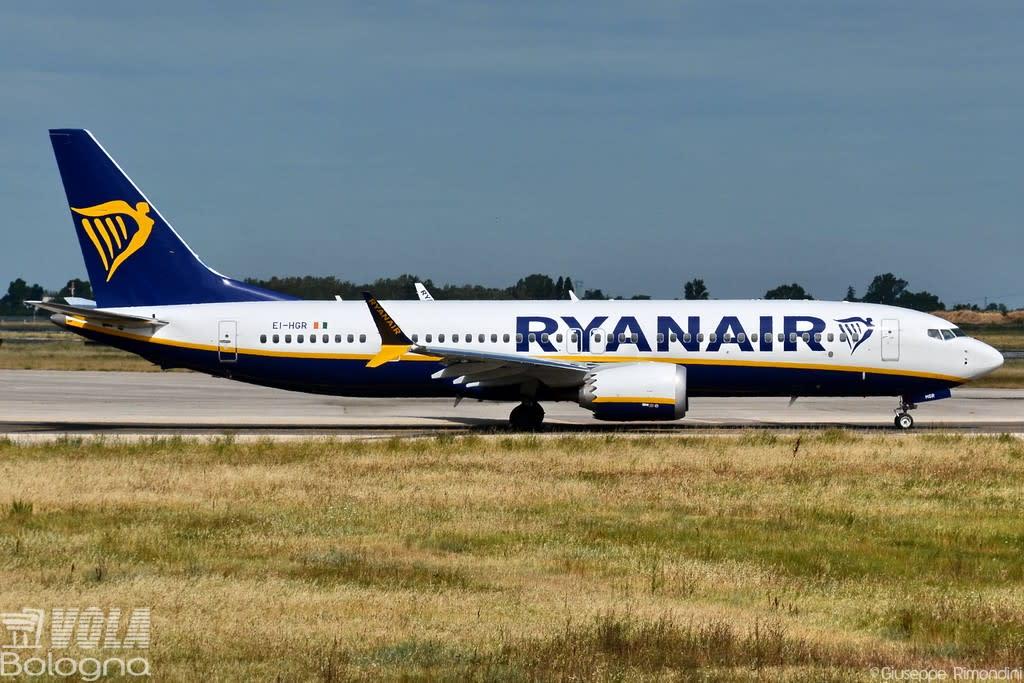 Ryanair Boeing 737-8 MAX