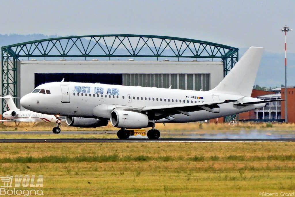 JUST US AIR Airbus A319-100