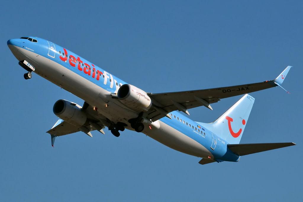 JetairFly Boeing 737-8K5