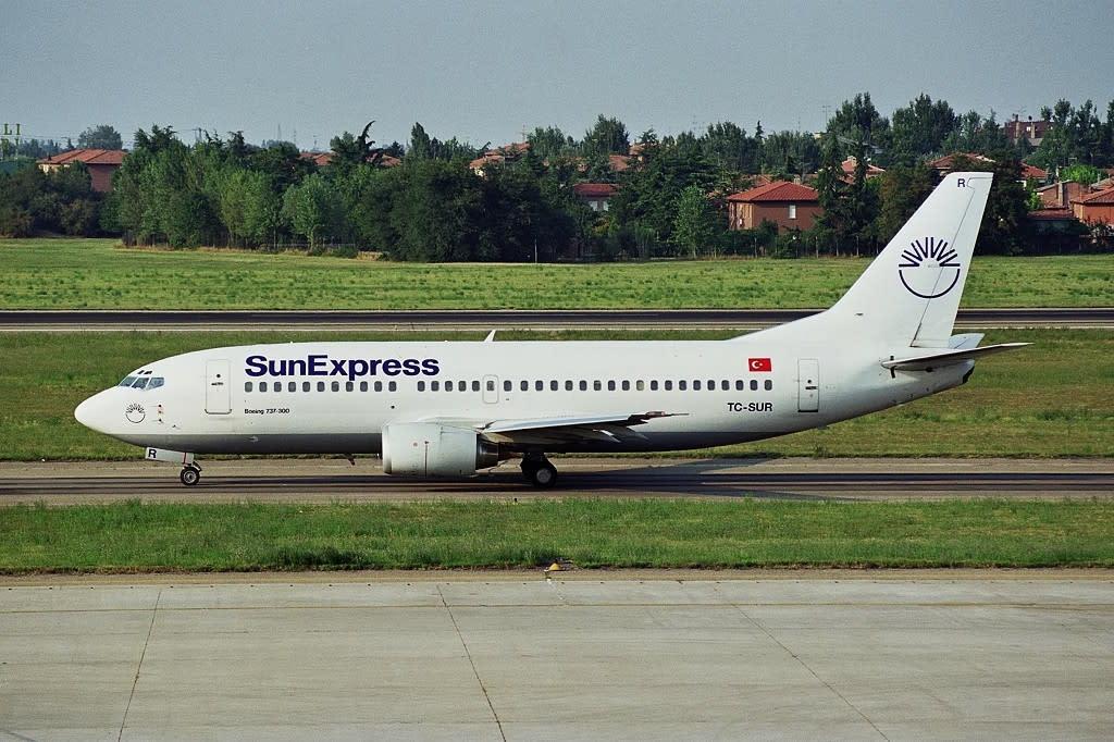 Sun Express Boeing 737-300