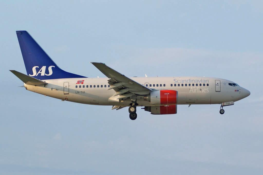 Sas - Scandinavian Airlines Boeing 737-700