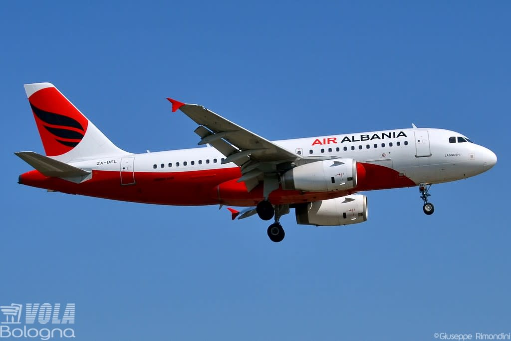 Air Albania Airbus A319-100