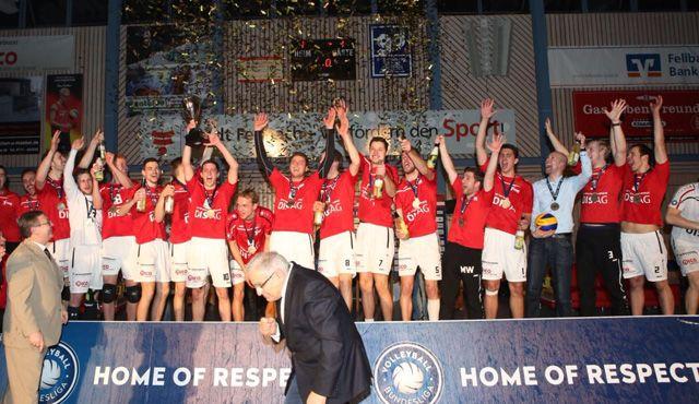 Fellbach erhält Meisterehrung, Bayer 04 und Solingen holen Titel - Foto: Strohbücker/SV Fellbach