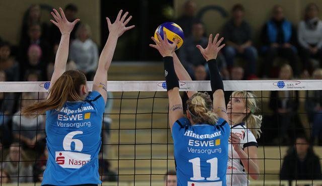 Deutsch-deutsches Duell im Europapokal - VC Wiesbaden gegen Rote Raben Vilsbiburg - Foto: Detlef Gottwald