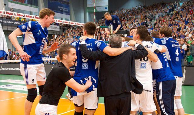 Meistermannschaft widmet sich neuen Aufgaben - Foto: Günter Kram