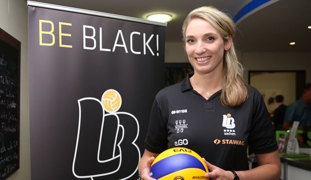 Jeanine Stoeten neue Mitte der Ladies in Black - Foto: Ladies in Black