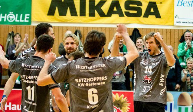 NETZHOPPERS empfangen Sensationsteam aus Lüneburg - Foto: Gerold Rebsch