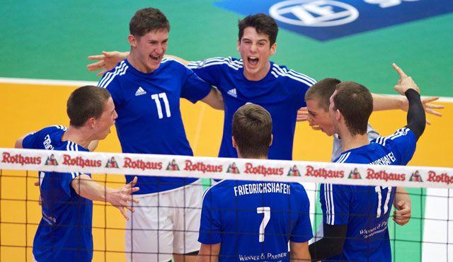 YoungStars freuen sich über ersten Satzgewinn  - Foto: Günter Kram