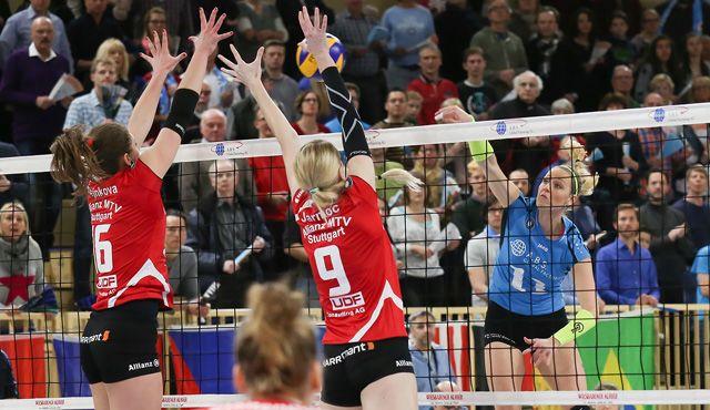Pokalfinalist Stuttgart zu Gast in Wiesbaden - Foto: Detlef Gottwald