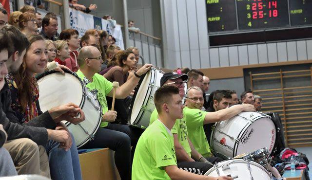 MITGAS-Spieltag: Meisterschaftsfeier winkt mit EINTRITT FREI - Foto: Wolfgang Kubak