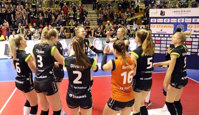 Verdienter Sieg im Schlussspurt zu Hause  - Foto: Ladies in Black Aachen\ Andreas Steindl
