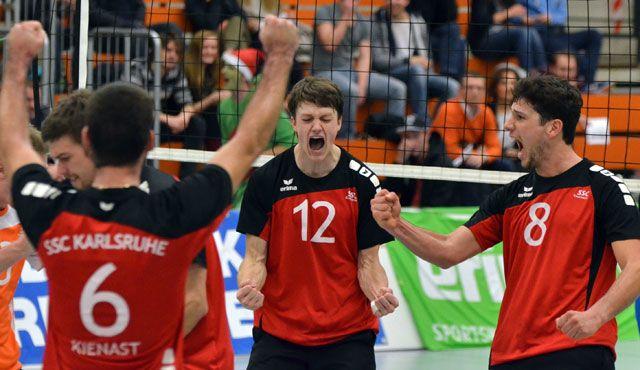 Eindrucksvoller Aufritt der SSC-Volleyballer - Foto: karlsruhe-volleyball.de