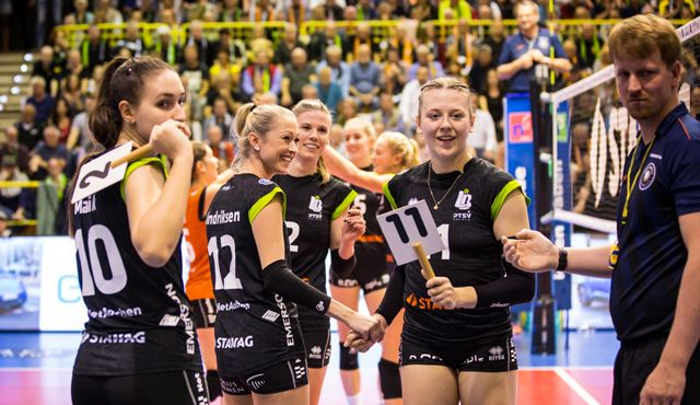 Ladies in Black empfangen SSC Palmberg Schwerin - Foto: Ladies in Black Aachen\Andreas Steindl