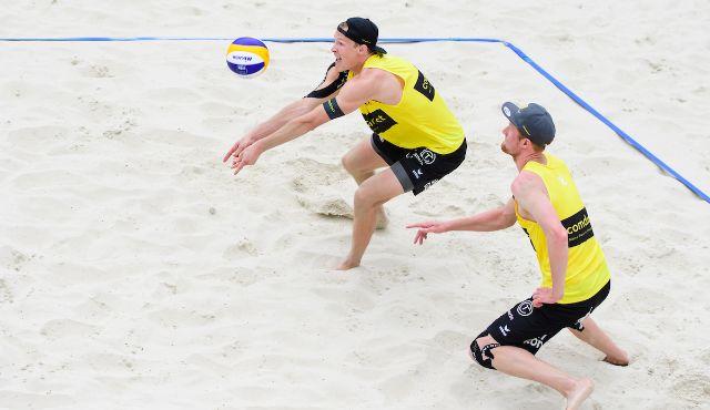 Philipp Arne Bergmann beim Top Team Turnier in Hamburg mit Paul Becker - Foto: Conny Kurth DVV