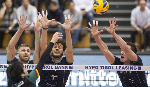 HYPO TIROL AlpenVolleys erlegen die Volleyball Bisons! - Foto: Christian Forcher www.fotoforcher.at