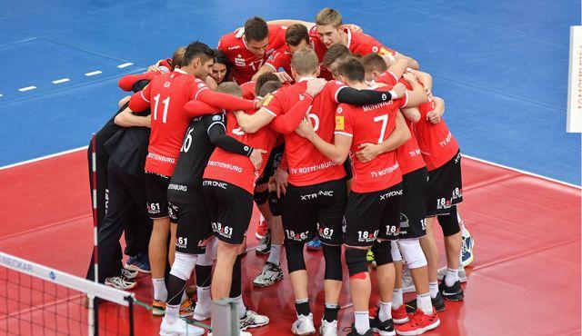 Voller Angriff im DVV-Pokal gegen Friedrichshafen - Foto: Ralph Kunze