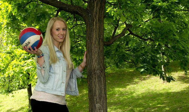 Neuzugänge Barbora Purchartova und Carina Aulenbrock wollen mit NawaRo Straubing durchstarten - Foto: Ladislav Adamek