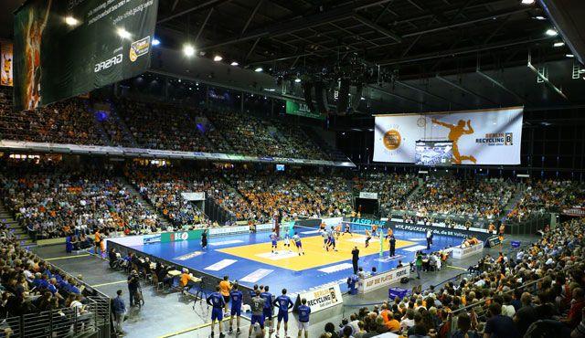 Volleyballtempel bleibt Zuschauermagnet - Foto: Eckhard Herfet