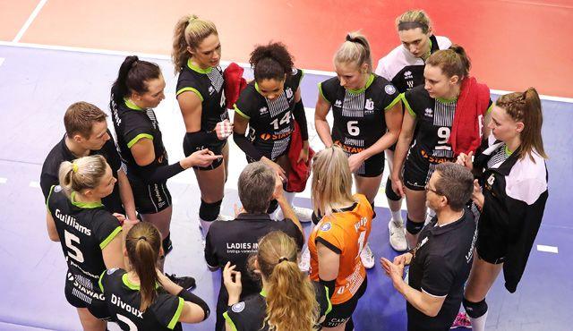 Derby elektrisiert die Volleyballfans beider Lager - Foto: Ladies in Black Aachen // Andreas Steindl