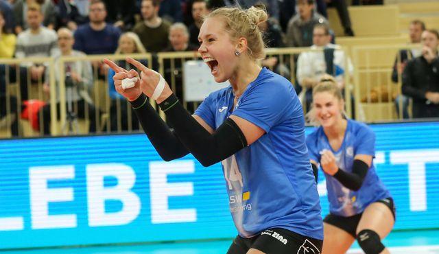 Lena Vedder freut sich auf weitere Spielzeit beim VCW - Foto: Detlef Gottwald