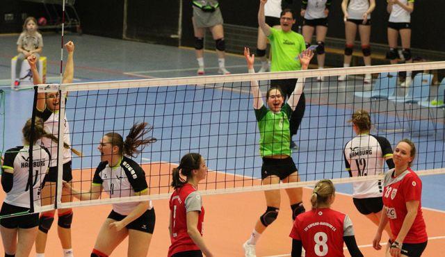 Volleyball-Team Hamburg feiert Tie-Break Sieg gegen Tempelhof-Mariendorf - Foto: VTH Lehmann