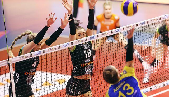 Aachen unterliegt dem Deutschen Meister zu Hause - Foto: Ladies in Black Aachen\\Andreas Steindl