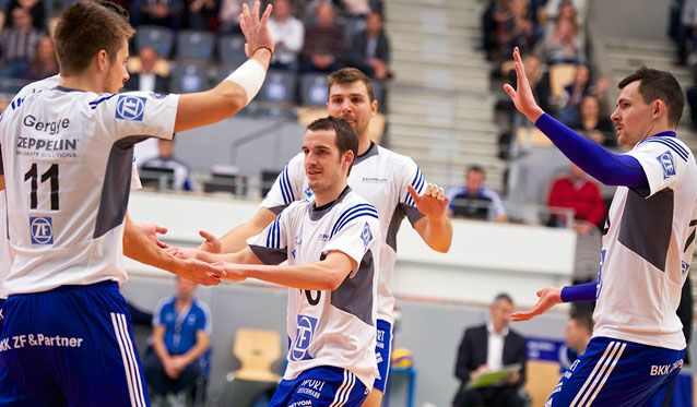 Toniutti feiert Debut und Sieg gegen den TSV Herrsching - Foto: Günter Kram