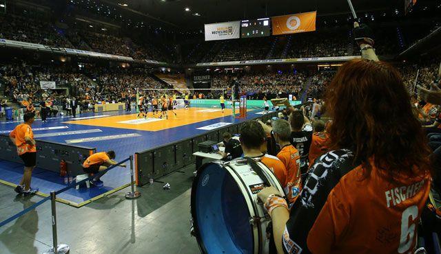 Public-Viewing zum Saisonfinale - Foto: Eckhard Herfet