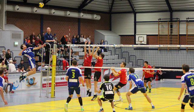 Erster Saisonsieg: TVR bringt drei Punkte aus Solingen nachhause - Foto: Moritz Liss