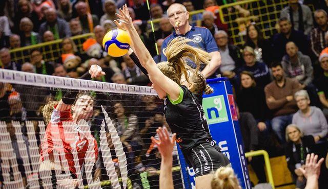 Aachen unterliegt gegen Vilsbiburg mit 1:3  - Foto: Ladies in Black Aachen\\ Luz Müller