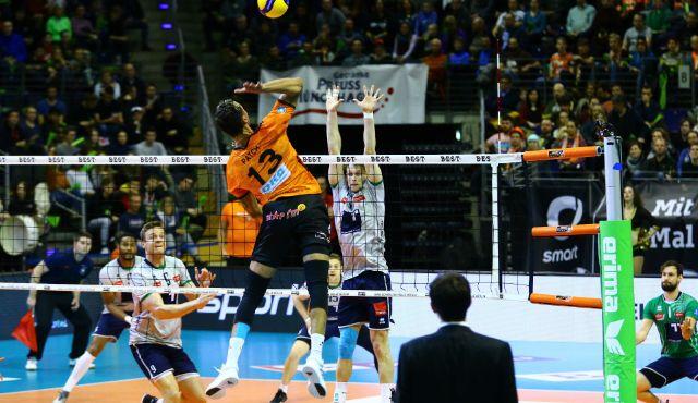 BR Volleys distanzieren Verfolger - Foto: Eckhard Herfet