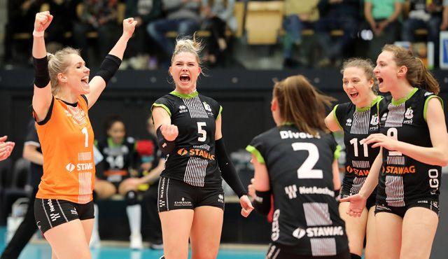 Über 2.000 Fans in Maaseik sollen den Unterschied ausmachen - Foto: Ladies in Black Aachen // Andreas Steindl