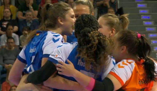 SPORT1 zeigt Topspiel der Volleyball Bundesliga der Frauen am Samstag live ab 18:00 Uhr - Foto: SPORT1