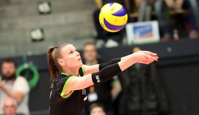 Die Ladies in Black Aachen verlängern mit Zuspielerin Aziliz Divoux - Foto: Ladies in Black Aachen // Andreas Steindl