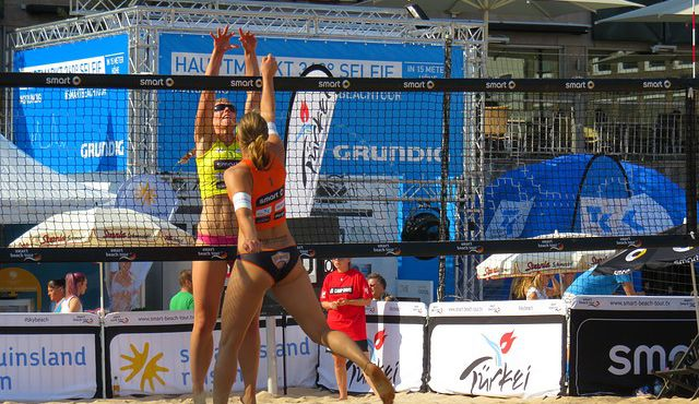 Beach-Volleyball WM als Chance: Was fehlt dem Volleyball noch zur Massen-Sportart?  - Bild von Gerhard Gellinger auf Pixabay
