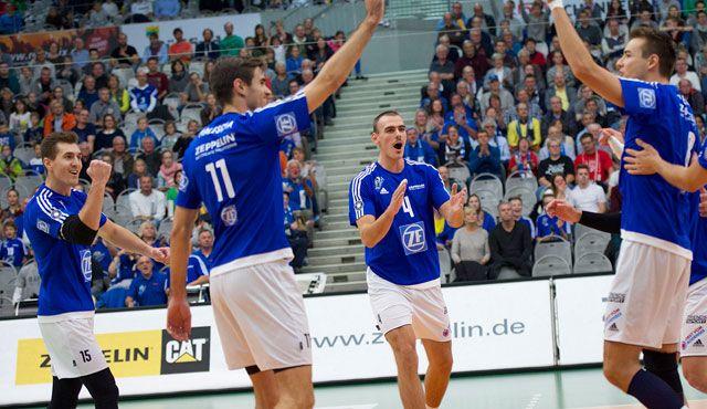 VfB gewinnt klar gegen TVR - Foto: Günter Kram