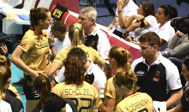 Deutliche Niederlage zum Start in Brasilien - Foto: FiVB