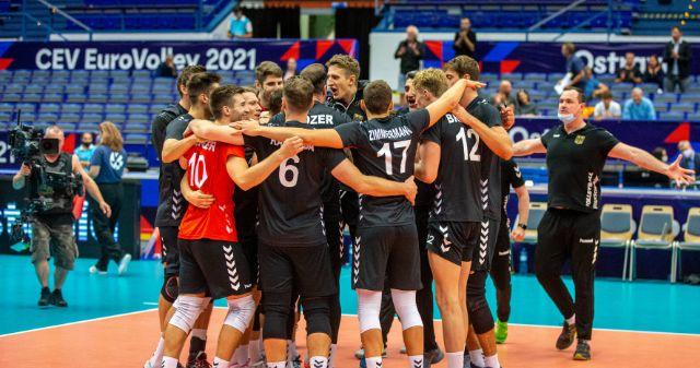 Die deutschen Volleyballer träumen von Halbfinale: SPORT1+ zeigt K.o.-Duell gegen Italien am Mittwoch live ab 15:55 Uhr - Foto: Imago
