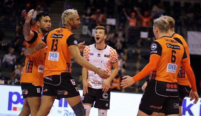 Gelungenes Comeback im Volleyballtempel - Foto: Eckhard Herfet