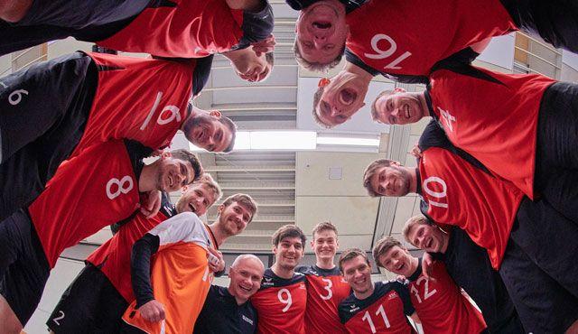 SSC Karlsruhe  tritt zu seinem letzten Saison-Spiel im Friedrichshafener Volleyballtempel auf - Foto: Andreas Arndt
