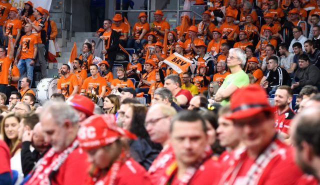 Saisonstart mit Zuschauern weiter möglich - Foto: Conny Kurth / DVV