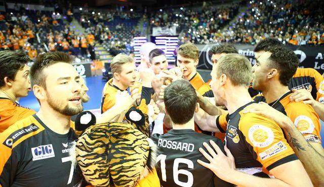 Jetzt muss der Volleyballtempel brodeln - Foto: Eckhard Herfet
