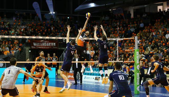 Playoff-Auftakt am 29. März im Volleyballtempel - Foto: Eckhard Herfet