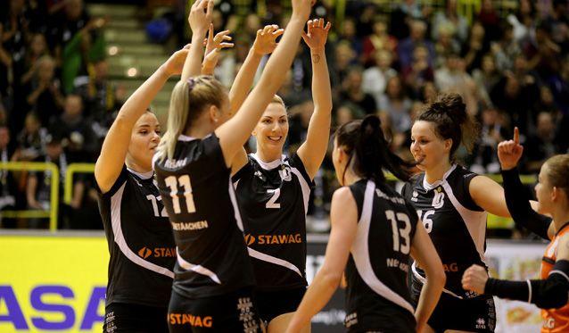 Aachen mit vollem Risiko und lauten Fans ins Entscheidungsspiel?! - Foto: Ladies in Black