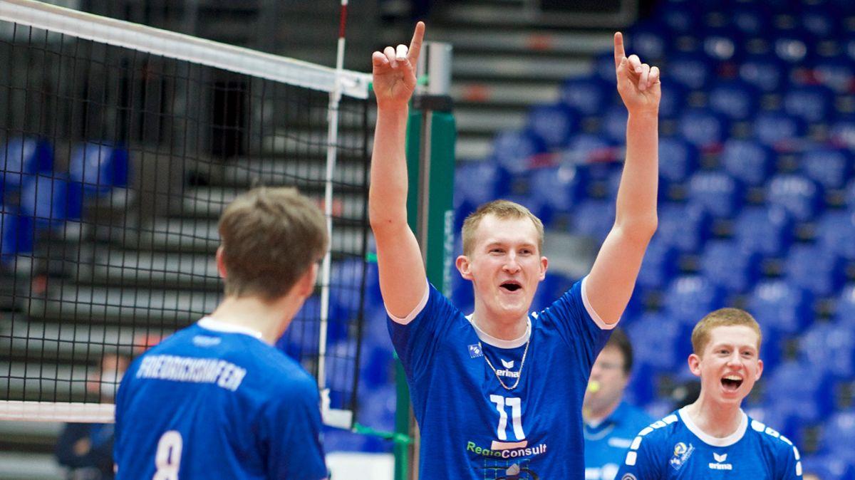 Lennart Heckel blockt sich zum MVP - Foto: Kram