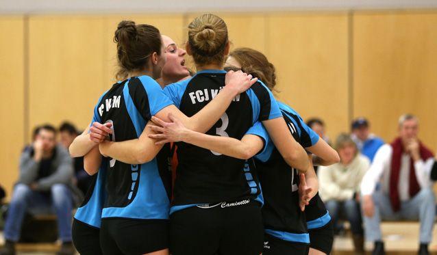 FCJ Volleyballerinnen mit Saisonfinale gegen Mitaufsteigerinnen aus Bocholt - Foto: Ulla Barnick