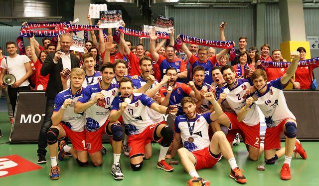 Trotz großem Abwehrkampf in Friedrichshafen ohne Chance - Foto: United Volleys/Manfred Neumann