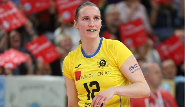 Ein Dank zum Abschied: Mehrere Spielerinnen verlassen den VCW - Foto: Detlef Gottwald