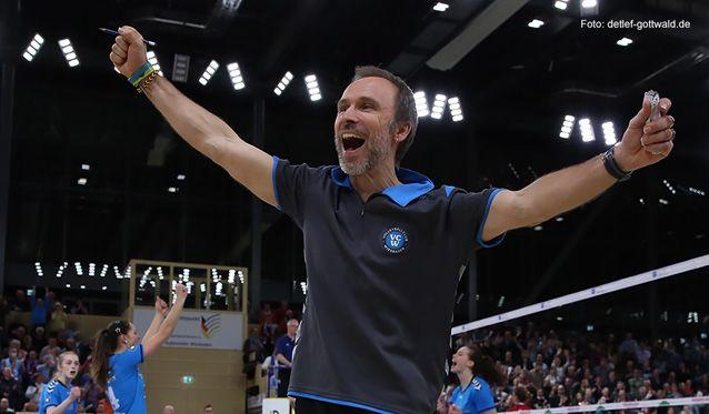 VC Wiesbaden: Halbfinale gegen den Dresdner SC - gegen den Favoriten ins Playoff-Finale einziehen - Foto: Detlef Gottwald