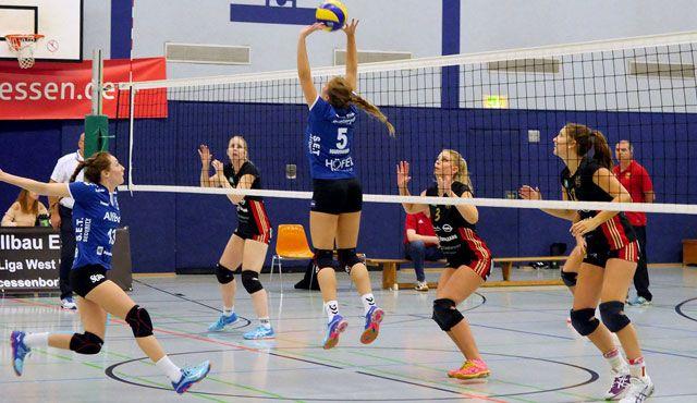 VC Allbau Essen landet nächsten Heimsieg. 3er gegen TV Cloppenburg - Foto: Michael Gohl